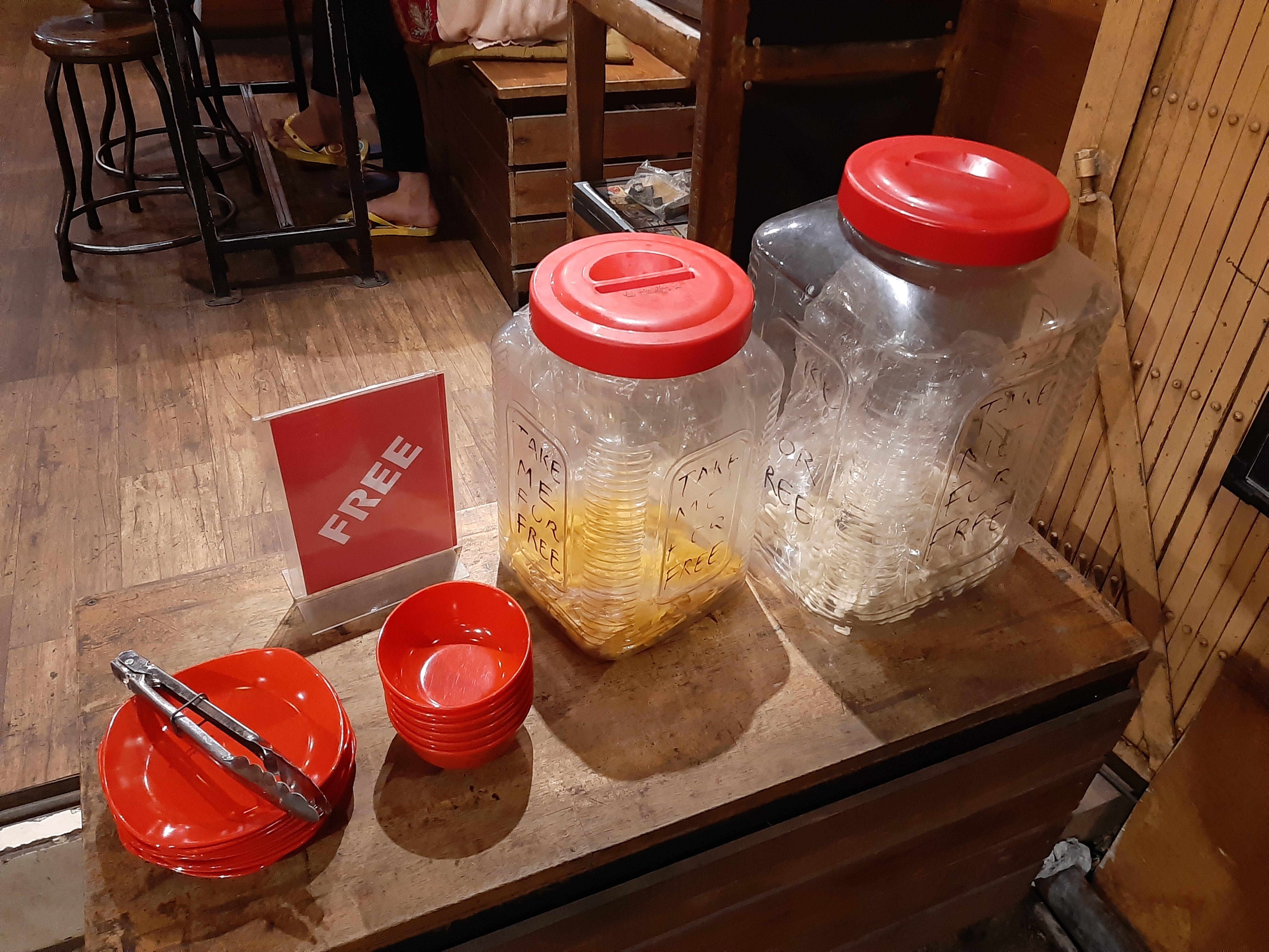 Free snacks at Danke Cafe, Tabanan