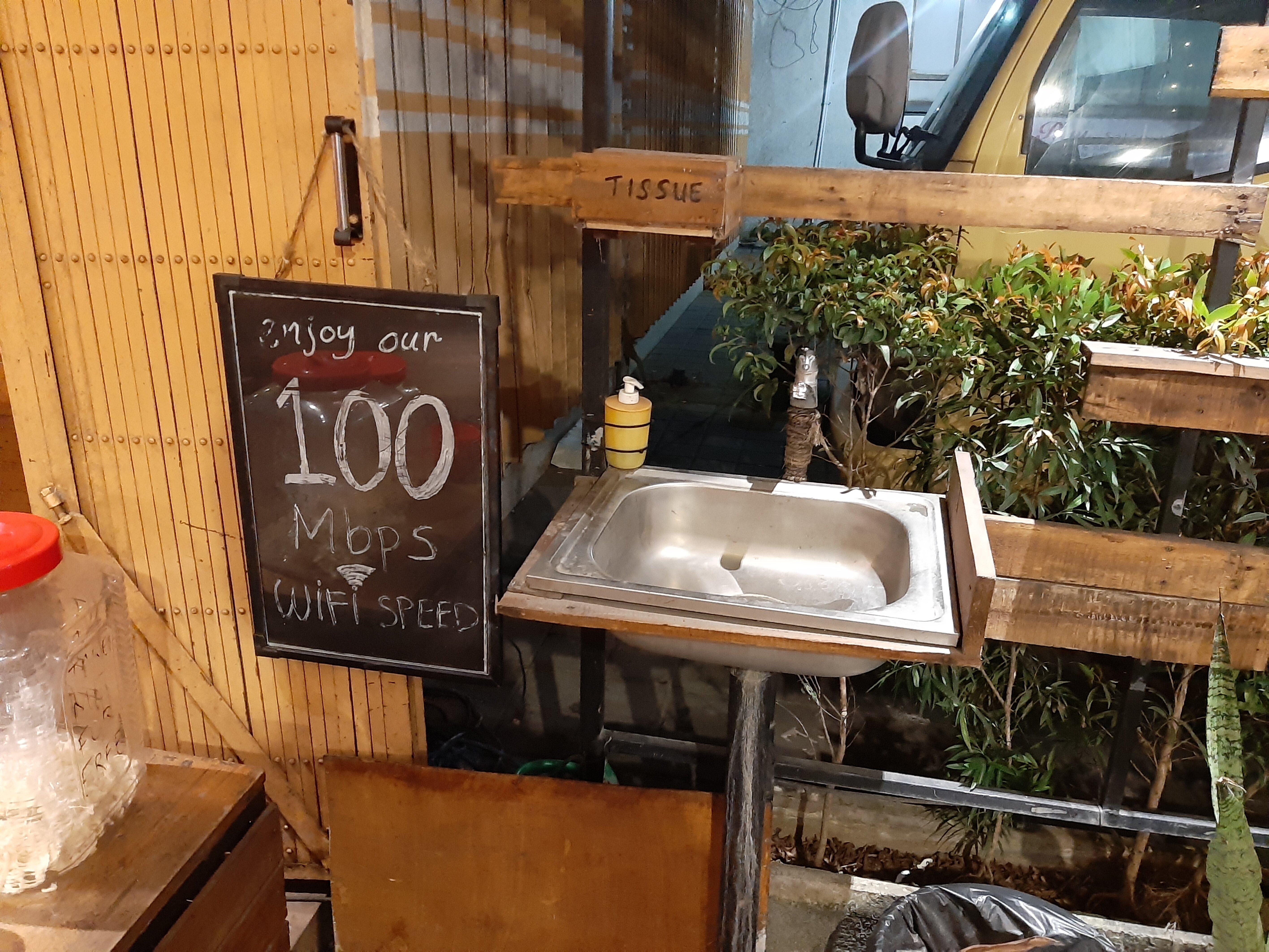 Wi-Fi claim at Danke Cafe, Tabanan