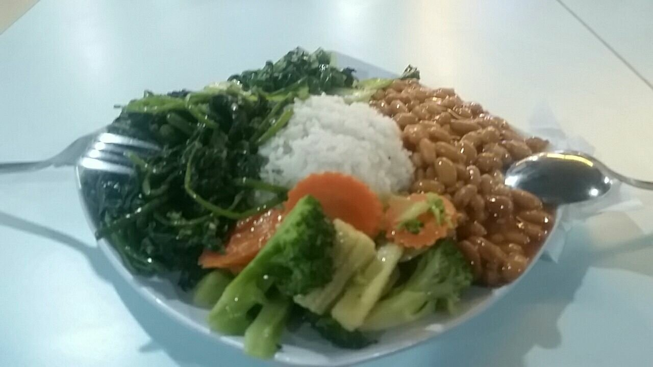 Healthy food from the Food King buffet in the Taste of Asia food court in Berjaya Times Square.