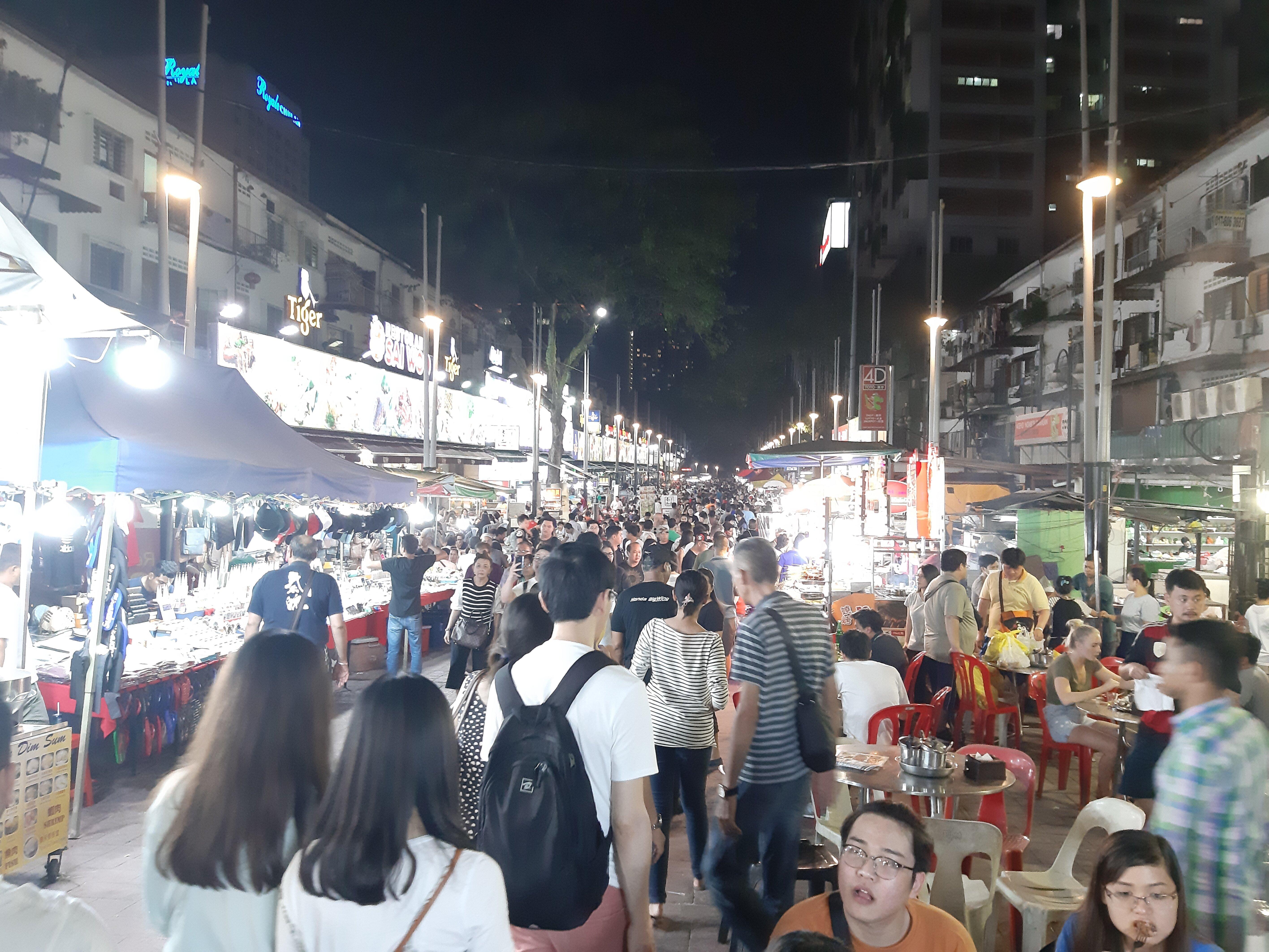 The Jalan Alor night market.