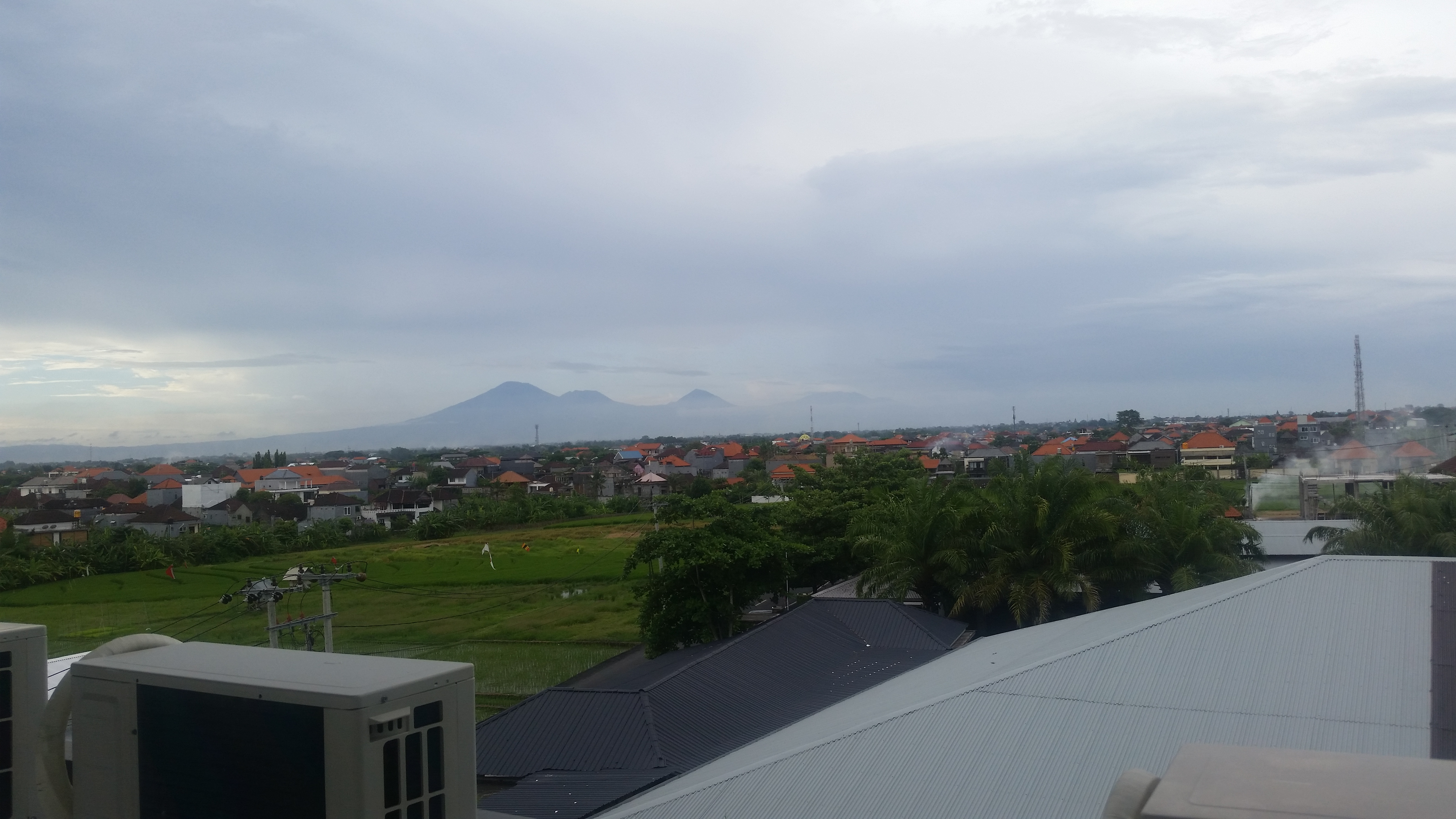 The mountain viewed from Matra! I love this view!