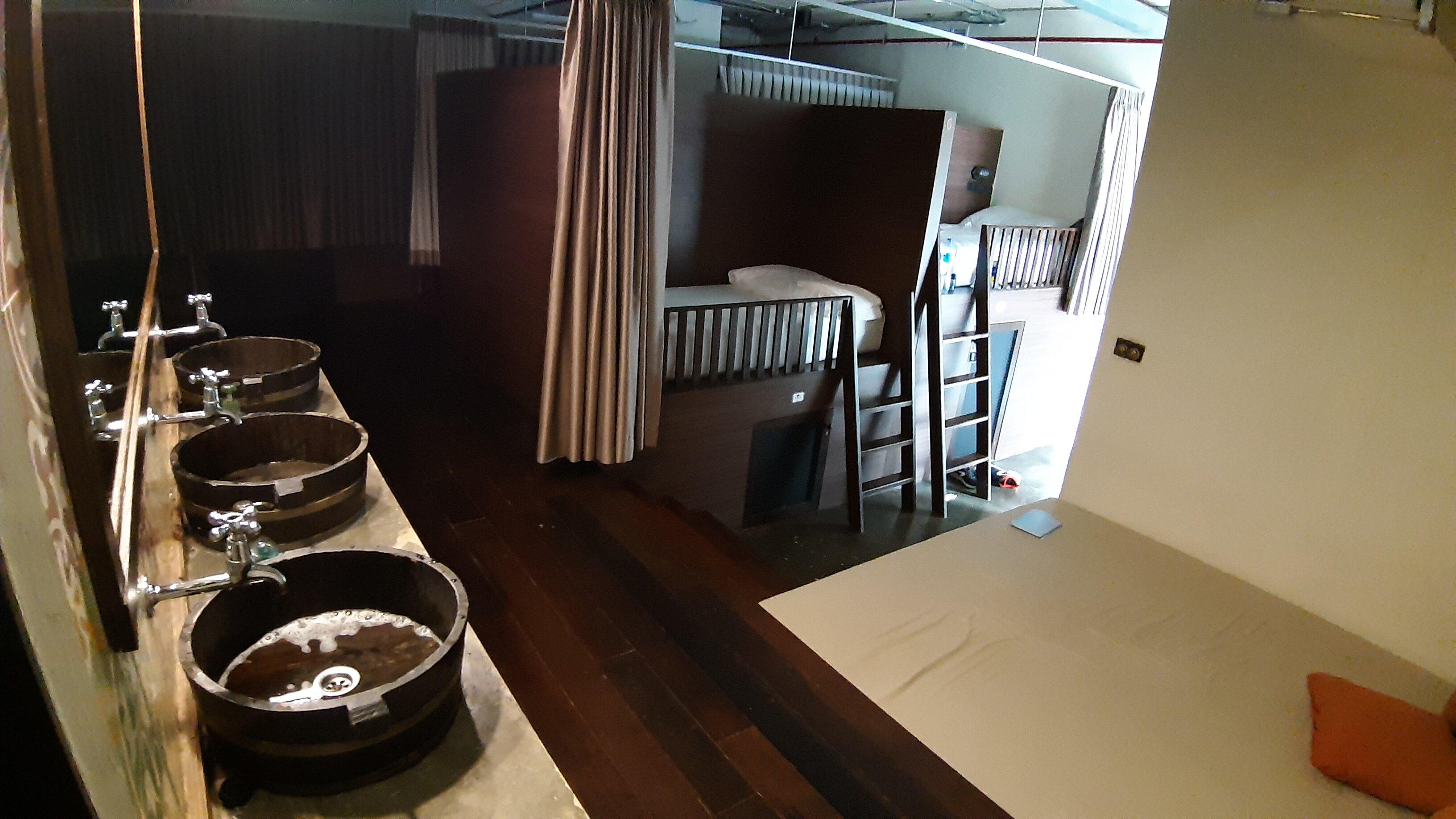 Mixed hostel dorm in Chao Hostel Bangkok.
