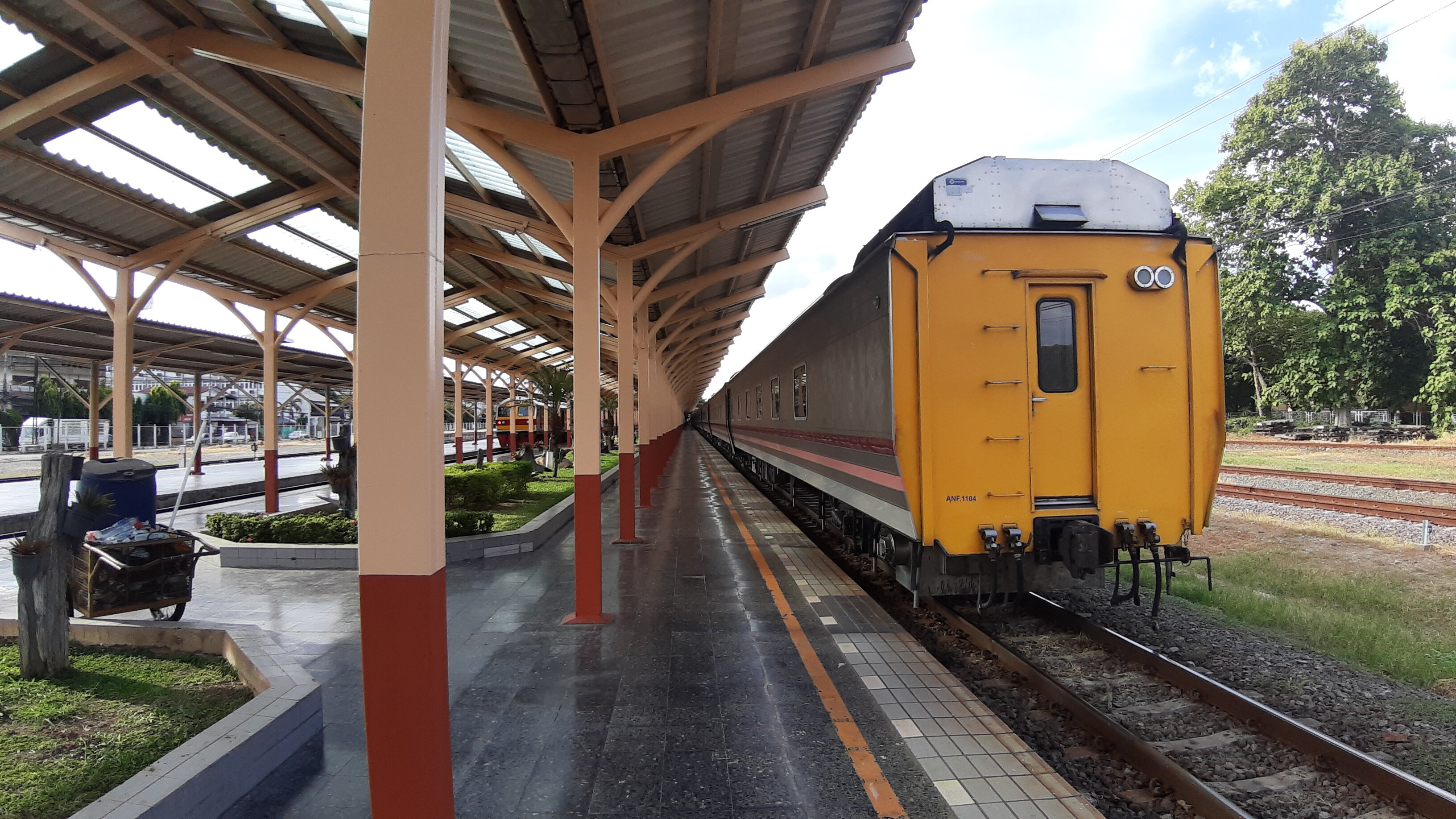 The train sitting in Chiang Mai Railway Station.